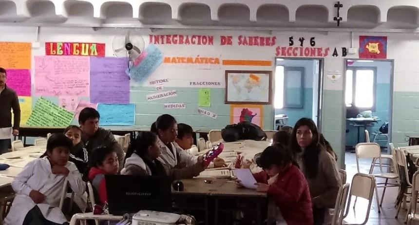 Capacitaron a docentes y alumnos en Nueva Coneta con el objetivo de la inclusión social del niño celíaco