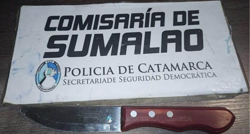 Valle Viejo: amenazó con un cuchillo a un colectivero y a una pasajera