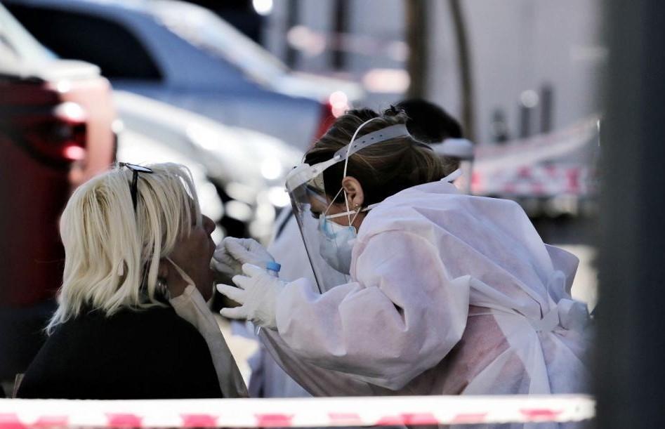 Confirman 25 muertes en un día por coronavirus y 929 nuevos contagios en Argentina