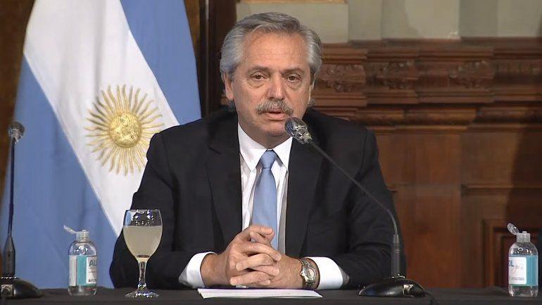 Fernández: La velocidad de contagio es la más alta y deberíamos volver a la cuarentena absoluta