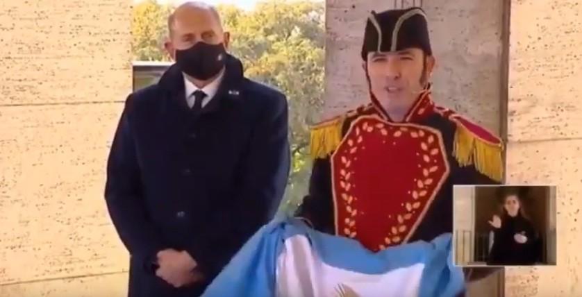 Hicieron que Belgrano hablara en lenguaje inclusivo durante el acto oficial