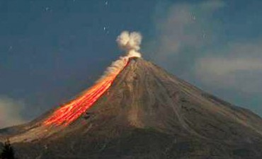 Evacuados por la erupción del volcán de Fuego de Colima
