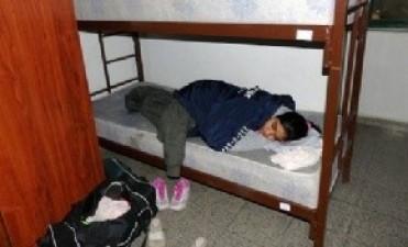 Chicas chacareras pasaron frío en Salta,durmieron en un colchón pelado