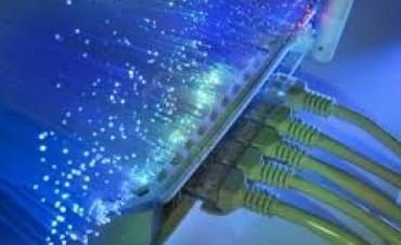 En 60 dias comenzará a funcionar la red de fibra óptica provincial