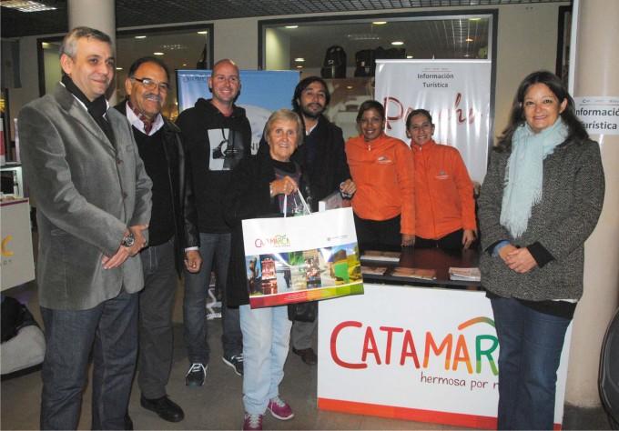 Carmen, la primera turista en arribar a Catamarca en esta temporada invernal