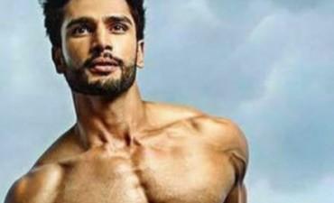 El hombre más guapo del mundo: indio, 26 años y pionero en su país