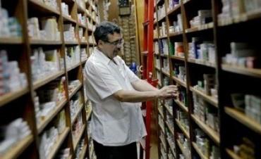Acuerdan mantener los precios de los medicamentos de alto consumo todo el año