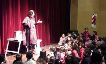 Con el Girardi lleno debutó del Ciclo de Teatro Infantil