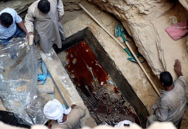 Había tres cuerpos en el sarcófago hallado en Egipto