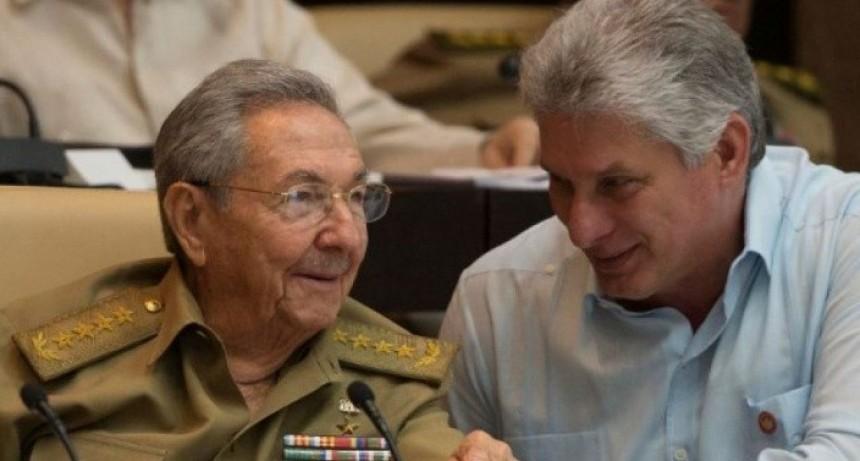 Cuba abandona la palabra COMUNISMO y permitiría el MATRIMONIO IGUALITARIO
