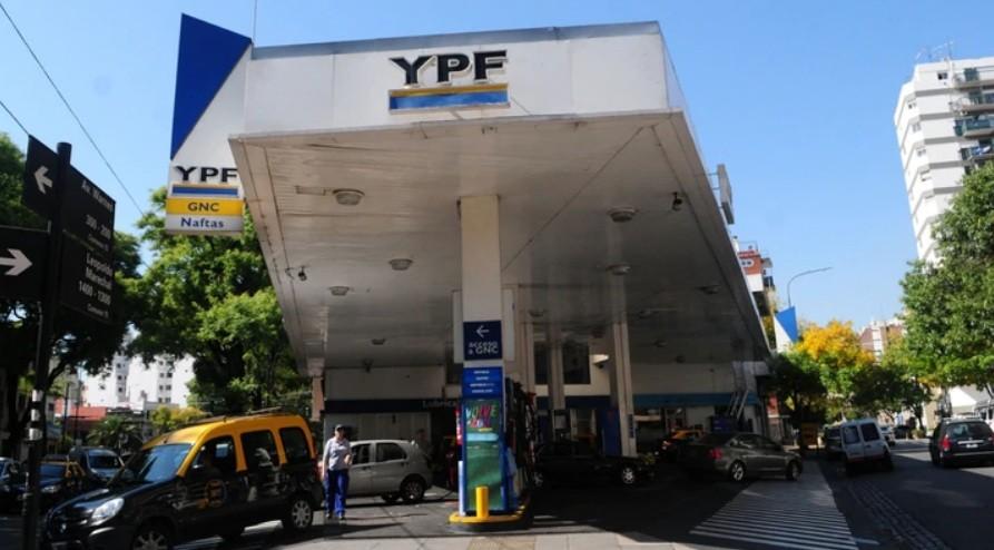 YPF aumentó sus naftas un 2,5% y el gasoil 1,75%