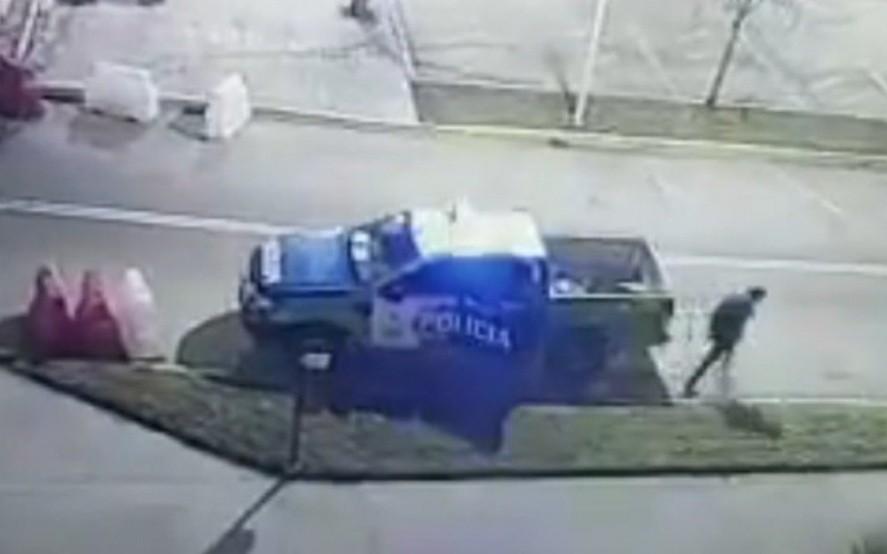 Policías se durmieron y preso escapó esposado de un patrullero