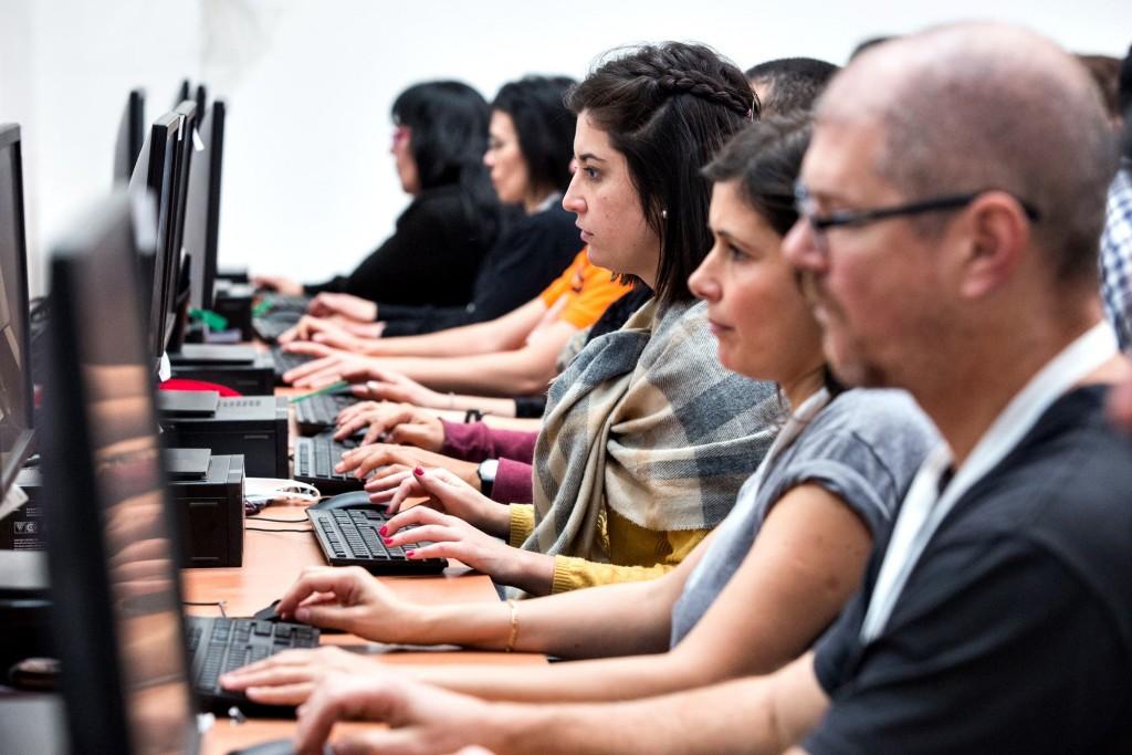 Tras la polémica, se realizó un nuevo simulacro de recuento de votos