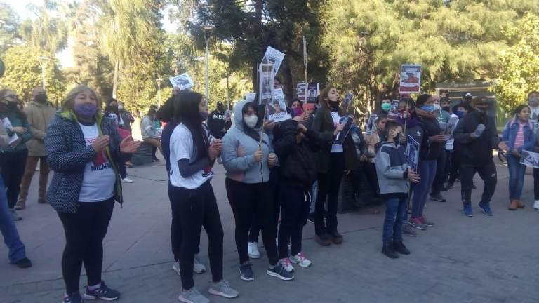 Familiares y Amigos marcharon para pedir Justicia por Micaela Gordillo