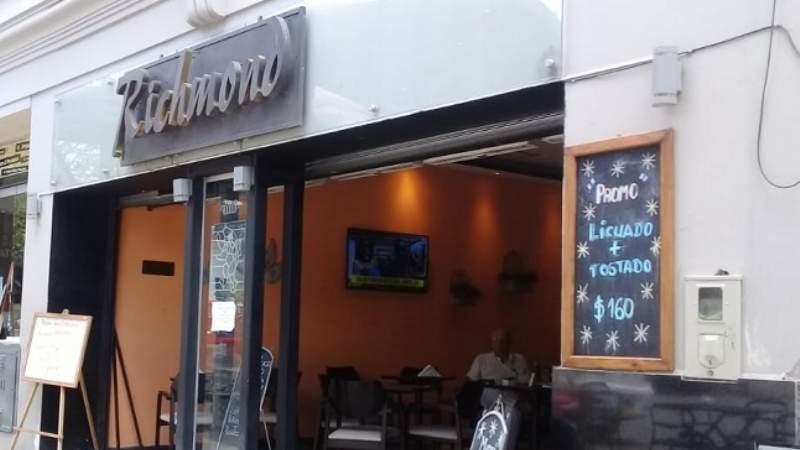 Crisis gastronómica: sería inminente el cierre del histórico bar Richmond