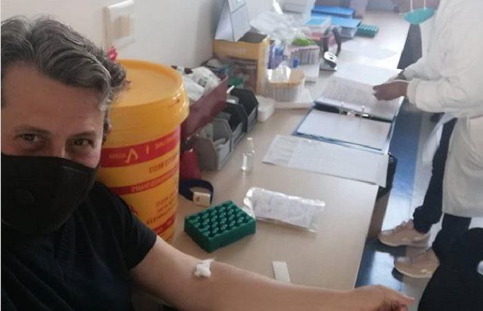 El argentino que recibió la vacuna experimental de Oxford: Sé que va a funcionar