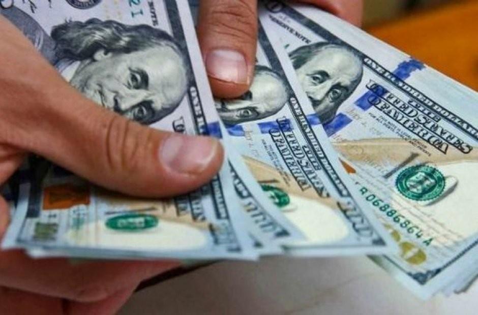 El dólar blue se dispara y marca un récord histórico: $140