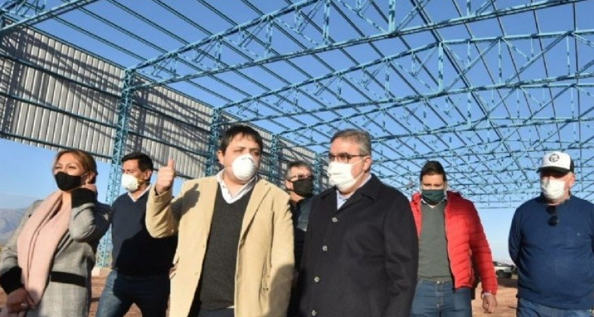Raúl Jalil inauguró obras en Tinogasta