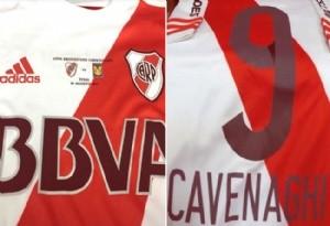 Presentaron la camiseta que utilizará River en la final de la Copa