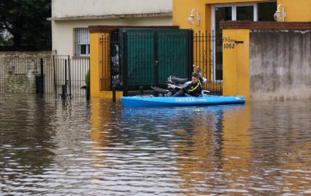 Rige una alerta por tormentas fuertes para Buenos Aires