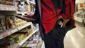 Fue descubierto cuando robaba en el supermercado