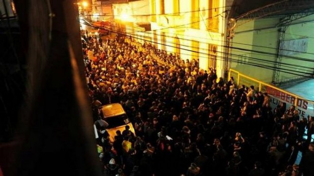 Multitudinaria marcha en Luján por el asesinato del kiosquero
