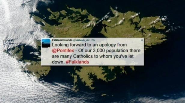 Los kelper reclaman que el papa Francisco pida disculpas por el cartel