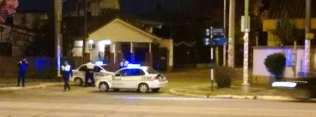 TUCUMAN: Decenas de policías intentan proteger la casa de la familia Alperovich