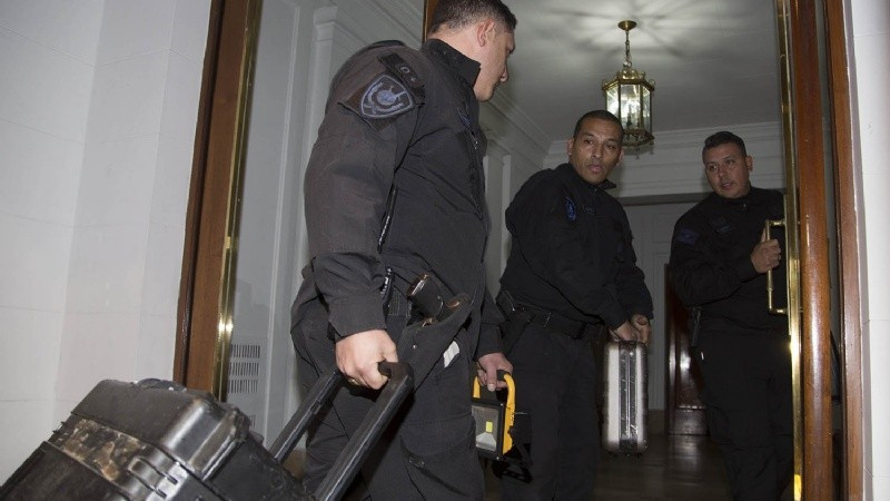 """""""Esto es un CIRCO para ocultar que el país se va al carajo"""""""