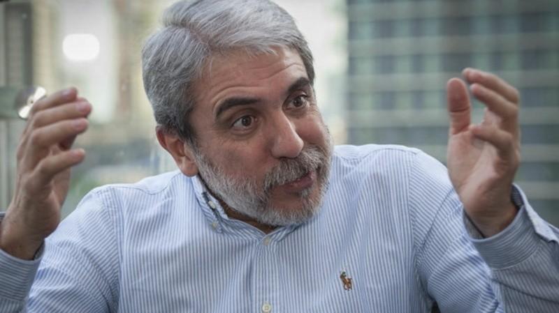 Aníbal Fernández apuntó contra Ocaña: