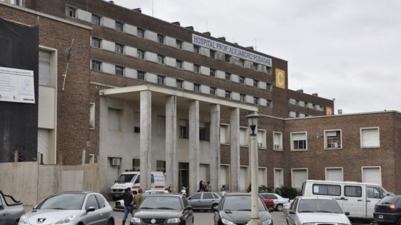 Denuncian 300 inminentes nuevos despidos en el Hospital Posadas