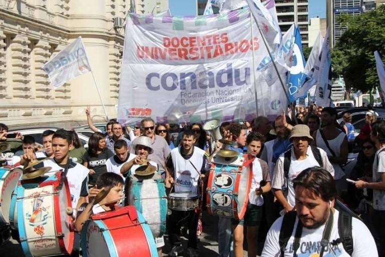 El peronismo no kirchnerista y el PJ nacional también se suman a la marcha universitaria