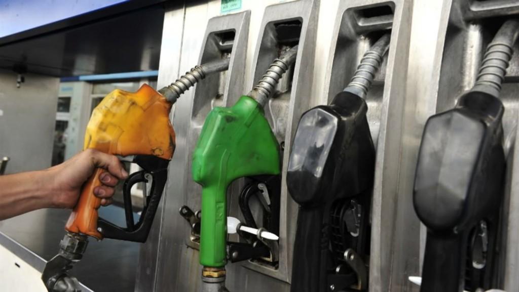 Inminente aumento de la nafta: llegaría a $50