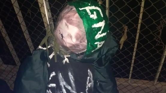 Nueva amenaza contra Patricia Bullrich: apareció un muñeco colgado con su foto