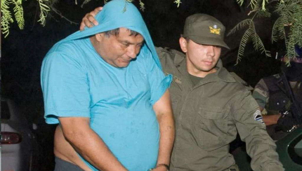 Tom Jones Figueroa, regresa a la provincia con arresto domiciliario y pulsera electrónica