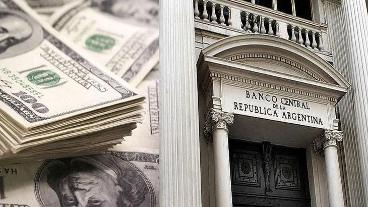 Lunes negro: el dólar subió casi 11 pesos y cerró a $57,29