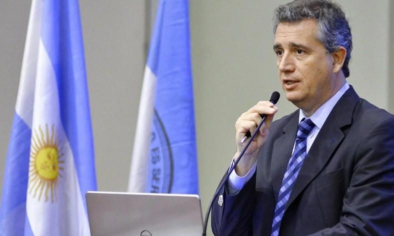 El ministro de Agricultura dice que las medidas del Gobierno no incluyen subir retenciones