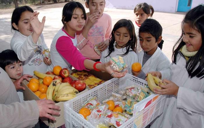 Media sanción a la alimentación saludable en las escuelas