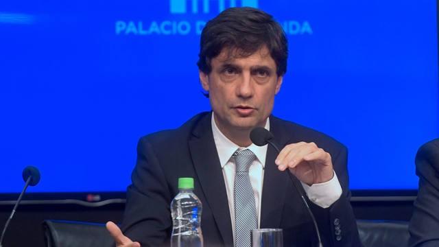 Lacunza: Hemos propuesto al FMI iniciar el diálogo para reperfilar los vencimientos de deuda