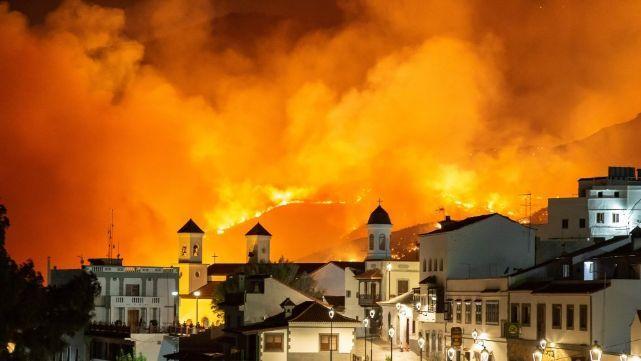 Destrucción sin control por incendio desatado en la isla de Gran Canaria