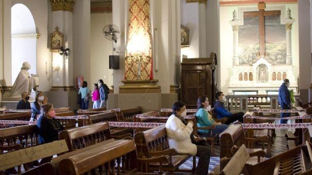 MARTEL:  habrá vuelta atrás con las celebraciones religiosas por el DNU Nacional