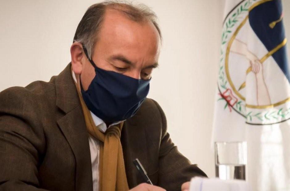 Jorge Moreno confirmó que los candidatos a integrar la corte de Justicia son Hernán Martel y Fabiana Gómez