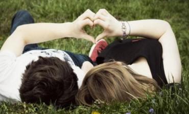 Informe sostiene que de los adolescentes, la mitad usa mal el preservativo