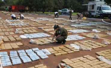 MISIONES: Descubrieron 6 toneladas de marihuana escondidas en bolsas de carbón