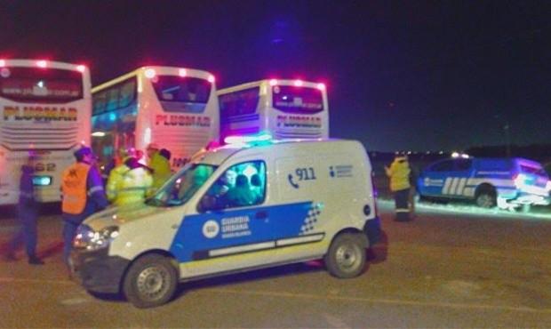 Tres choferes de colectivos trasladaban estudiantes hasta Bariloche y estaban drogados