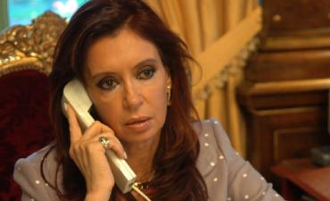 Citan a indagatoria a Cristina Kirchner por irregularidades al adjudicar obra pública