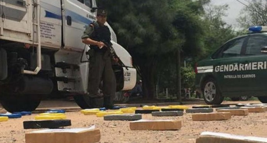 Trasladaban cocaína en una rueda de Camión