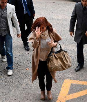 Cristina negó acusaciones, criticó a Bonadio y  pidió investigar a Macri