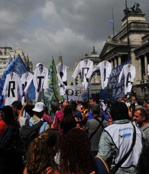 Vuelven las protestas docentes en todo el país