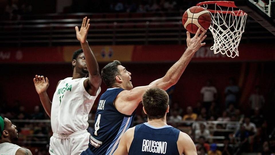 Argentina venció a Nigeria y quedó a un paso de la segunda ronda